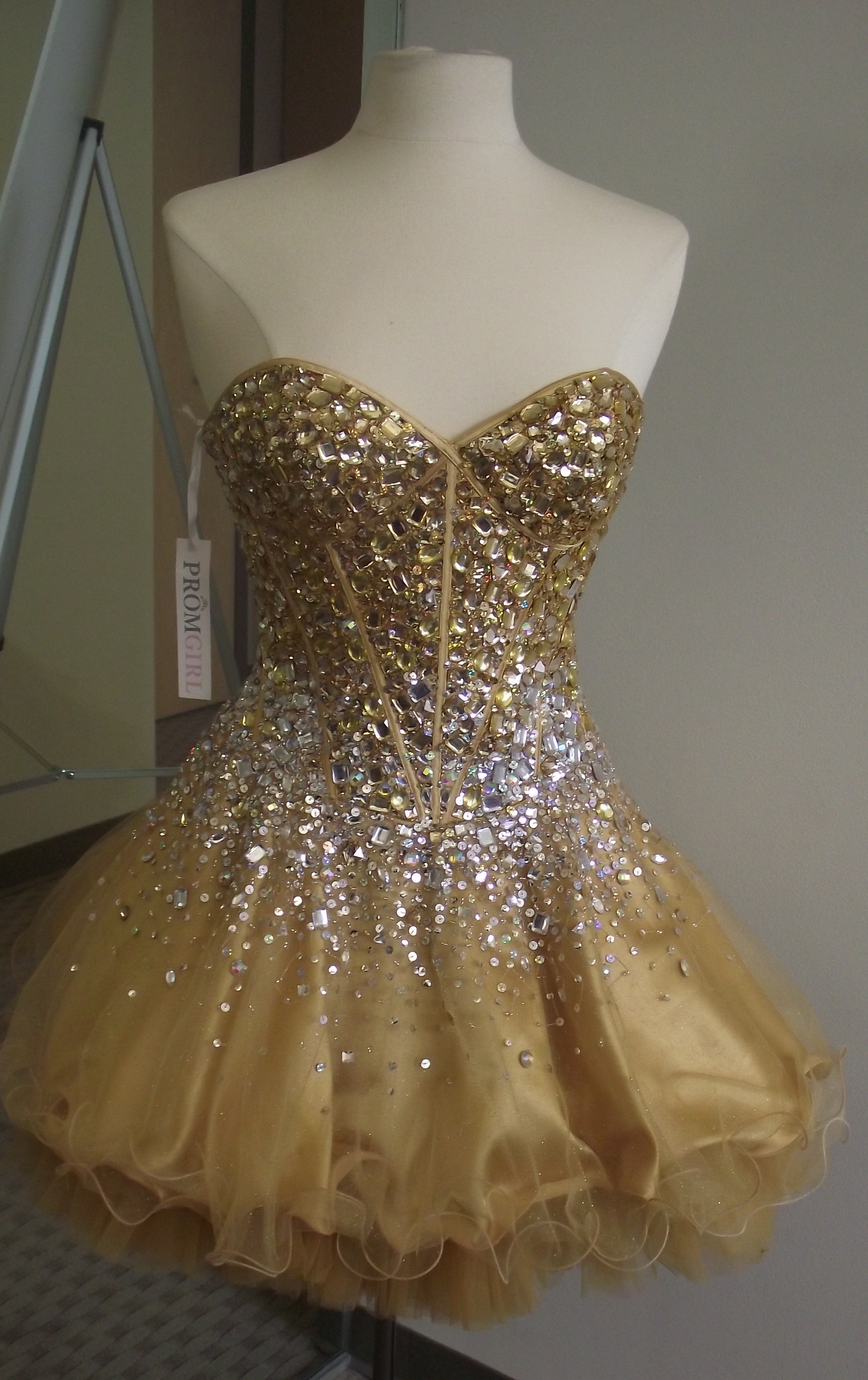 195326a53b84 Designer Discussion: Simplydresses and Promgirl Press Preview   de ...